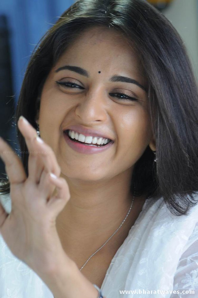 All Wallpapers4u Anushka
