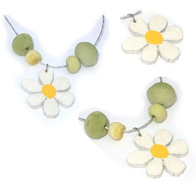 daisy flower pendants handmade jewellery by surfjewels