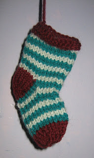 stockings, christmas, xmas, presents, knit, christmas tree, stripe, green, red