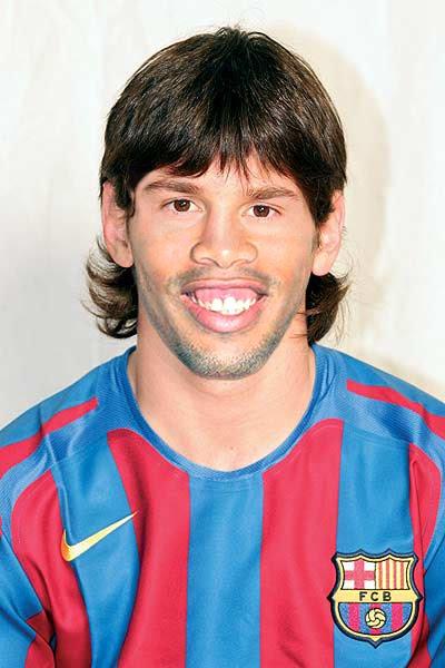 Es Messi  Es Dinho  Es Una Rata