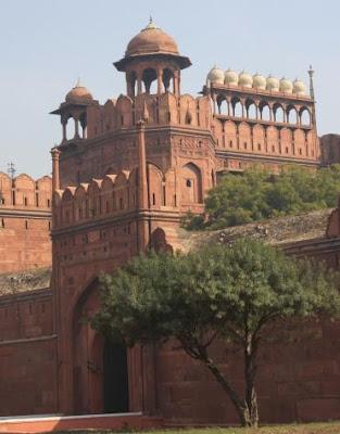 صور جميلة لأماكن فى الهند P405804-Delhi-The_Red_Fort_Delhi