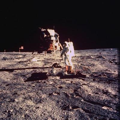 'Neil Armstrong na Lua', Copyright Arquivos NASA