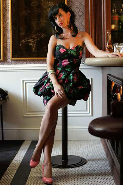 The Black Fashion World Katy Perry Legs