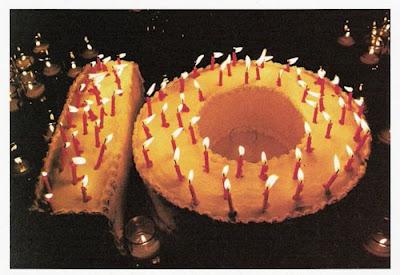 http://3.bp.blogspot.com/_CXVDtPvOMJk/Su_LFOxN2lI/AAAAAAAAHv8/l9kM_THRKN4/s400/KS+Ad+-+10+cake.jpg