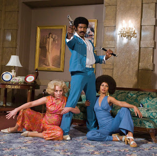 Left to right: Nicole Sullivan, Michael Jai White and Salli Richardson-Whitfield in Black Dynamtie