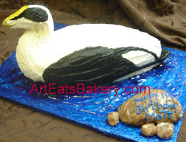 Black and white Eider duck 3D birthday cake