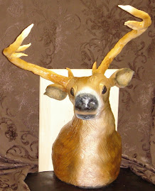 Fondant 3D deer head groom's cake
