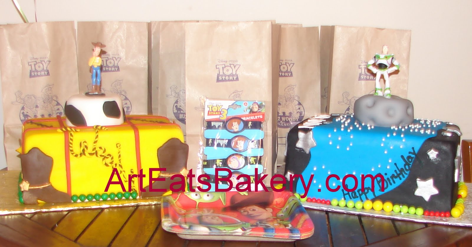 Art eats bakery custom fondant wedding and birthday cake for Bakery story decoration ideas