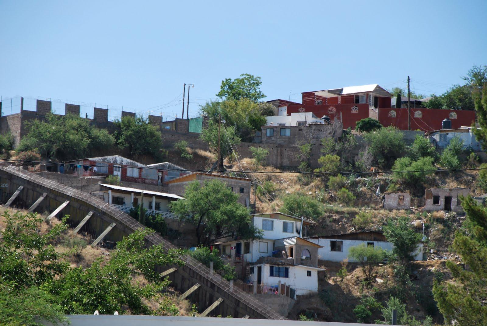 Tom mclaughlin tense at the arizona border in nogales