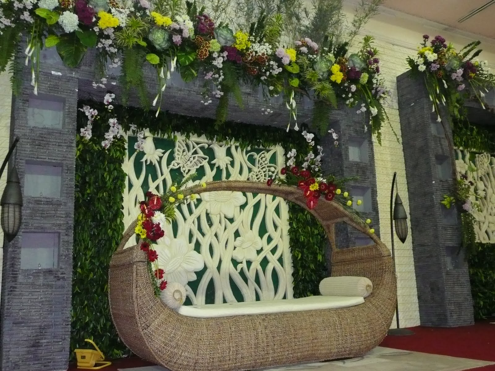 PUSPITA SARI WEDDING DECORATION