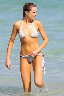 Katrina Bowden Bikini Photos on Miami Beach sexy pics