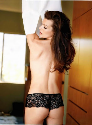 Mila Jovovich in Italian Maxim photo