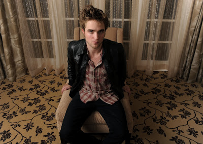 Robert Pattinson New Pics,Robert Pattinson New Photos,Robert Pattinson New Photo,Robert Pattinson New Pictures,Robert Pattinson New Picture,Robert Pattinson