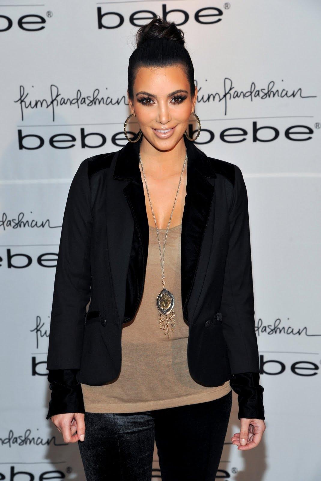 http://3.bp.blogspot.com/_Ca21XCsvg58/TP_eRyMO6RI/AAAAAAAACnc/gnXTxUiV6lI/s1600/kim-kardashian-02.jpg
