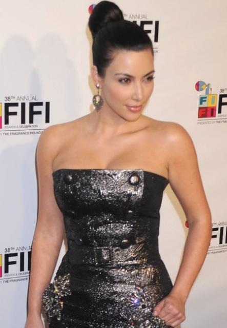Kim Kardashian Hairstyles, Long Hairstyle 2011, Hairstyle 2011, New Long Hairstyle 2011, Celebrity Long Hairstyles 2022