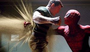 Thomas Harden Church y Tobey Maguire en Spiderman 3