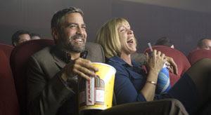 George Clooney y Frances McDormand en Quemar después de leer