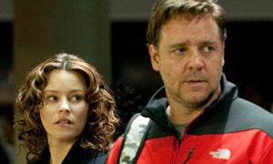 Elizabeth Banks y Russell Crowe en Los próximos tres días