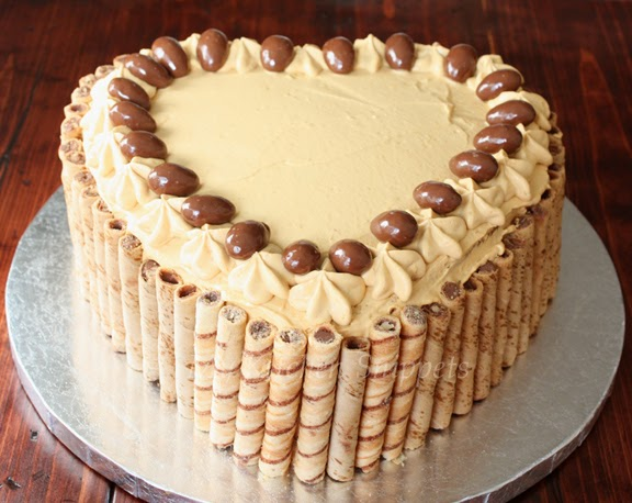 My Kitchen Snippets: Classic Yellow Cake with Dulce De Leche Frosting