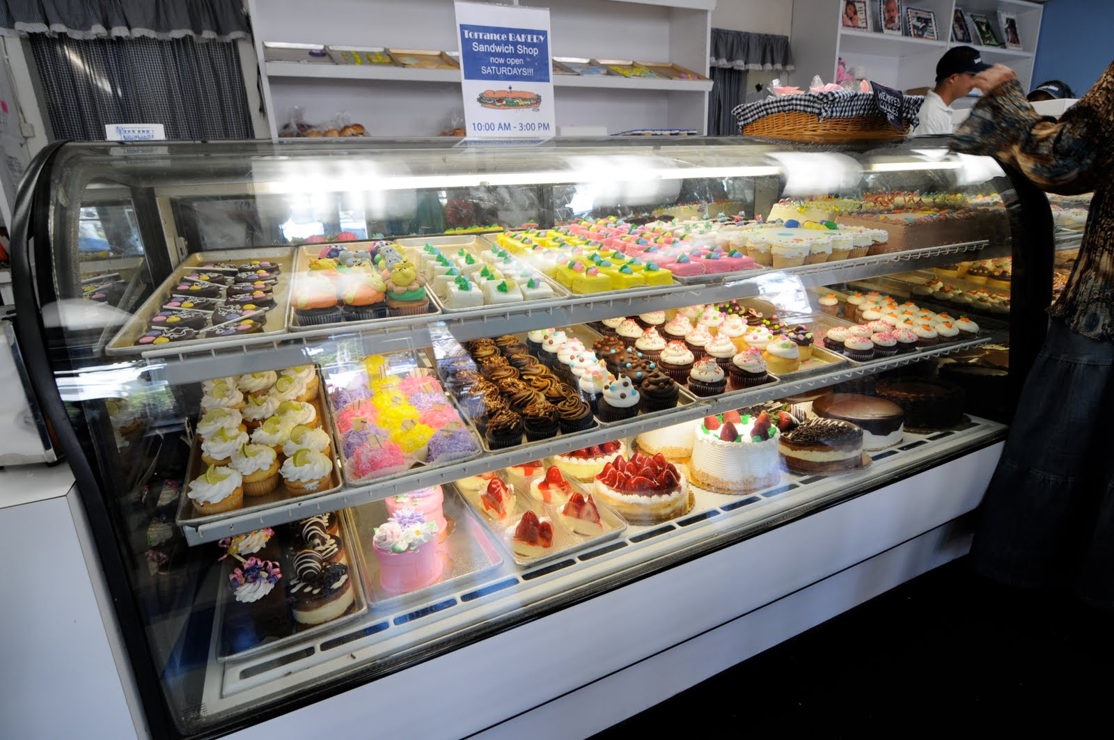 Torrance Bakery Cupcakes