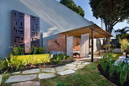 pedras jardim campinas:Casa Suess: Idéia para área externa – pergola