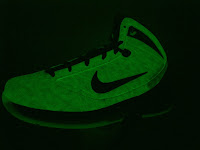 Nike Air Max Hyperize NFW - glowing in the dark