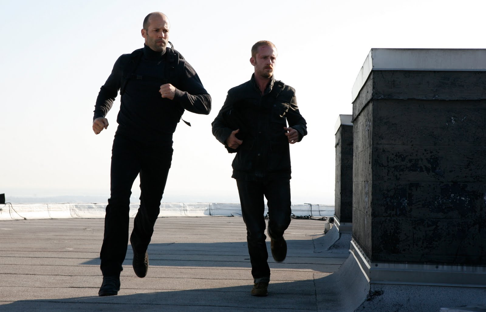 http://3.bp.blogspot.com/_CiYQ7QxeyWs/TQiHXzTNSWI/AAAAAAAAKI4/eJELtBZLqnY/s1600/The-Mechanic-movie-image-Ben-Foster-Jason-Statham-2.jpg