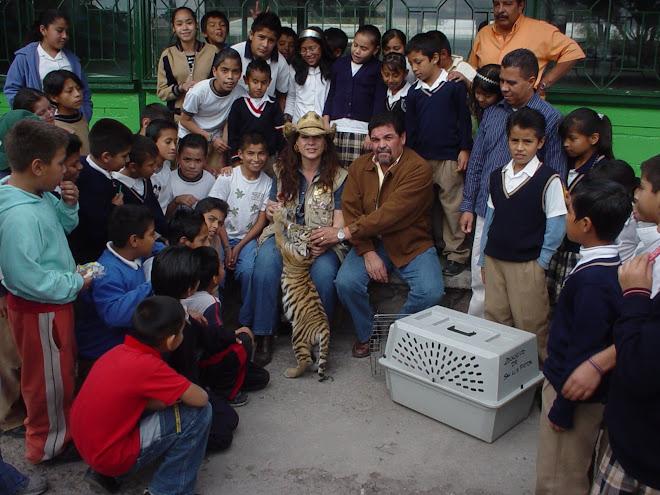 Visita Escuela Dr. Muro martes 25 de Nov 2008