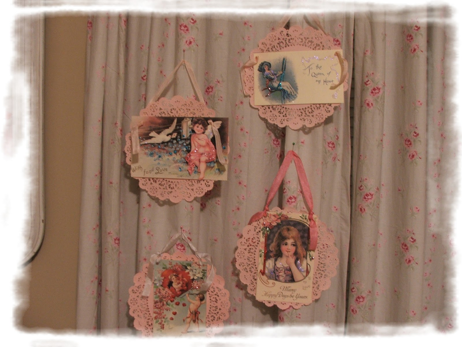 http://3.bp.blogspot.com/_CjquEOBtV2Q/TTrbe_JRyoI/AAAAAAAAAog/LfCSIwaKZq0/s1600/valentines.jpg