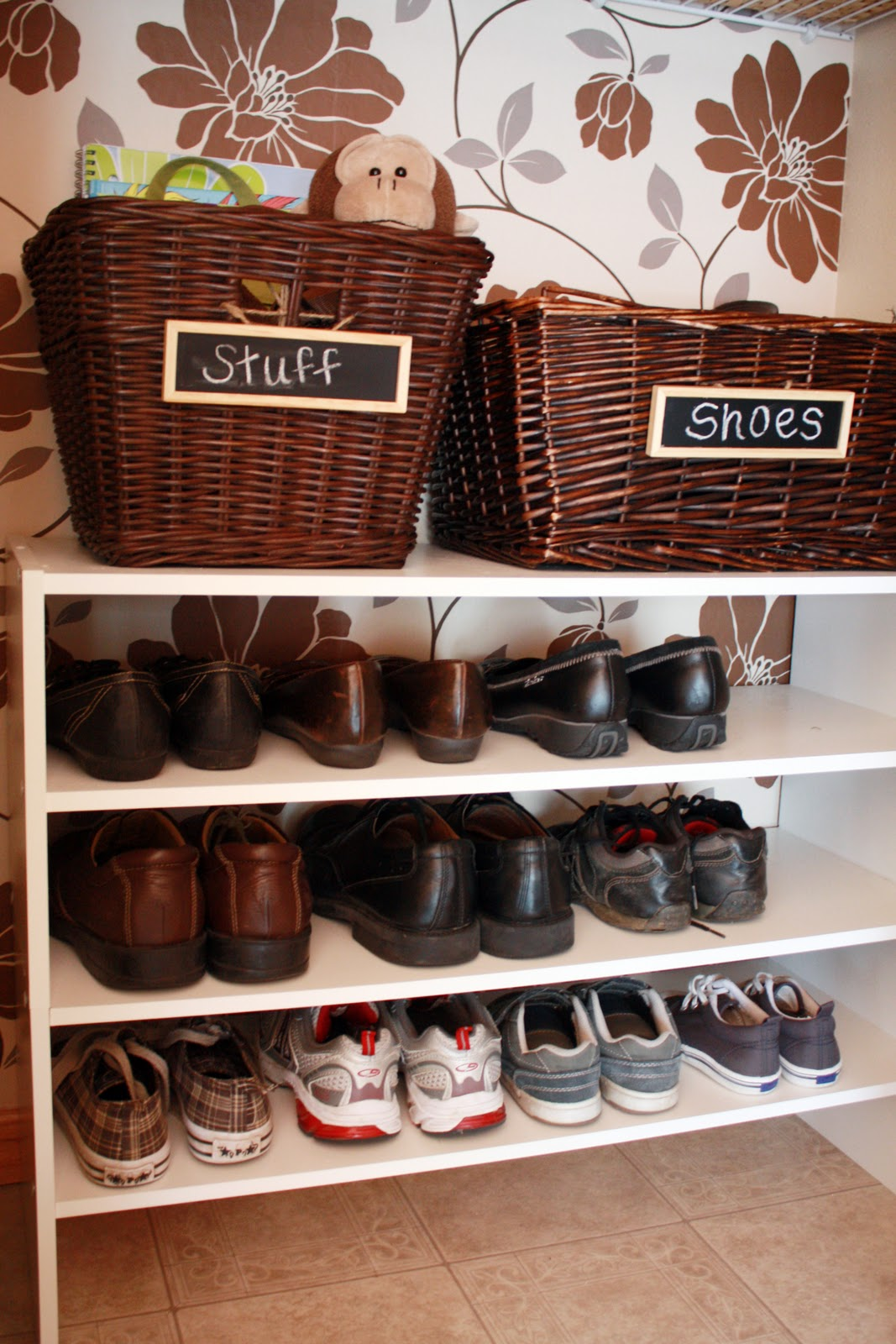 Iheart organizing april challenge project purge shoes - Ideas for organizing shoes ...