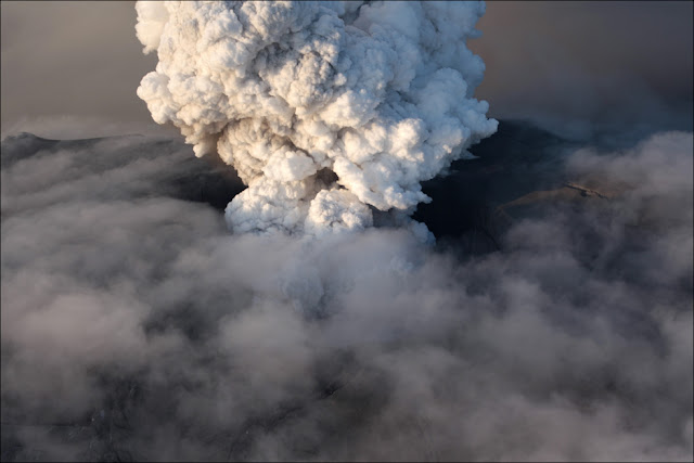 Live Volcano Pictures