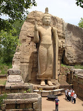 Aukana Buddha Statue, carved out of a rock