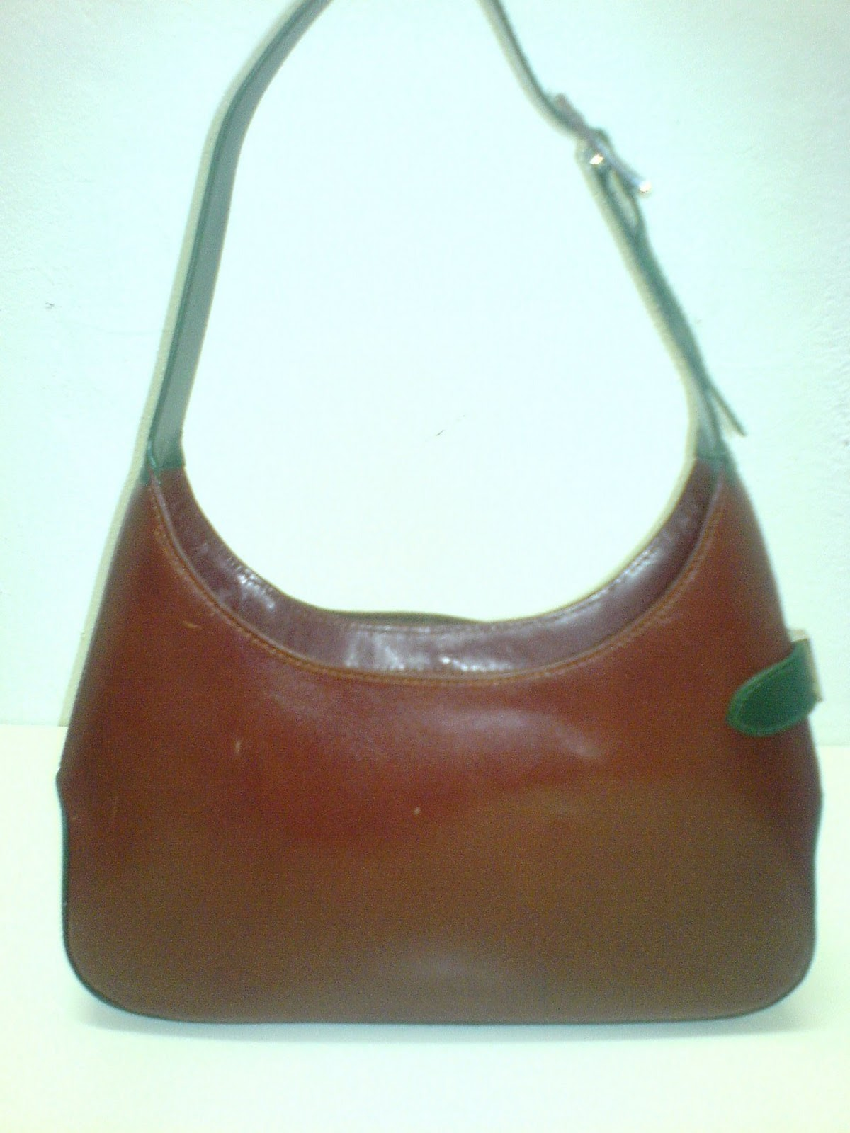 THE BAGBLOGSHOP.: VINTAGE SALVATORE FERRAGAMO HANDBAG ( SOLD )