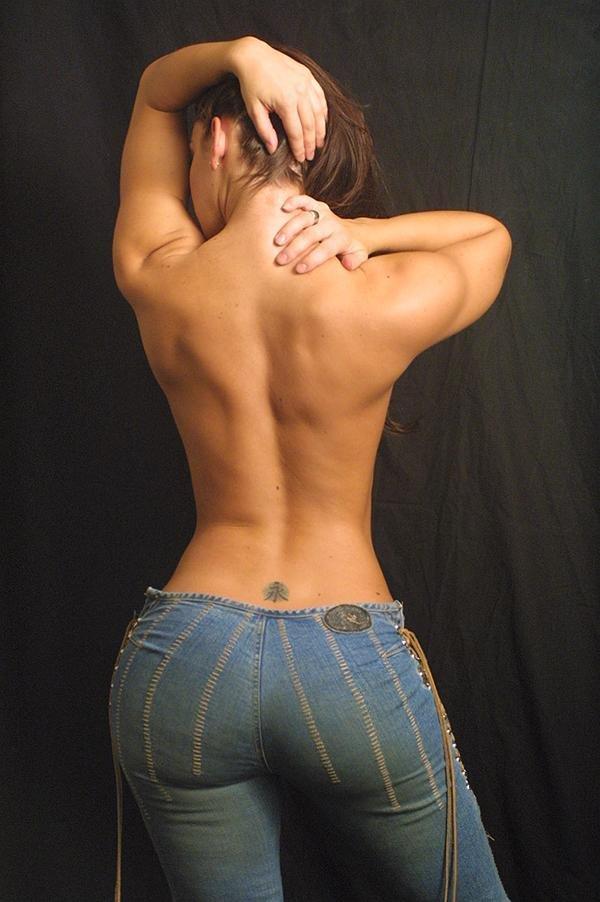 http://3.bp.blogspot.com/_CpD1eGIKeYw/SwUqQVpKZmI/AAAAAAAACO8/sOj3fZbjoHE/s1600/fit-muscular-women-3.jpg