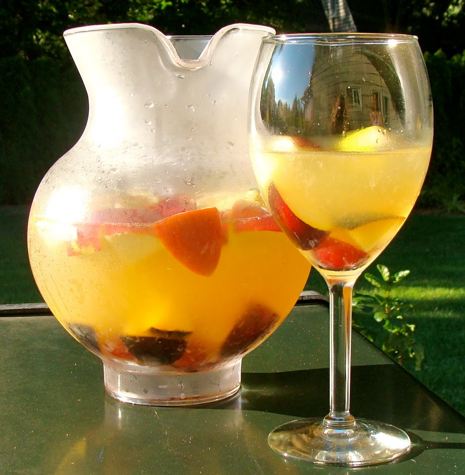 Cook. Eat. Enjoy. Repeat.: White Sangria