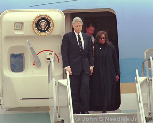 9_PHOTOJOURNALISM_ President Clinton, VP Al Gore & the widow of Ron Brown
