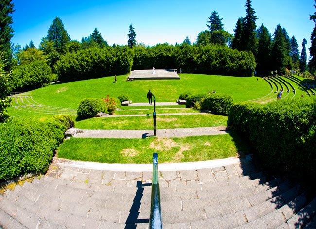 Portland rose garden ampetheater, rose gardens wedding photography