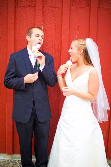 issaquah, wa pickering barn wedding venue photos, photographer