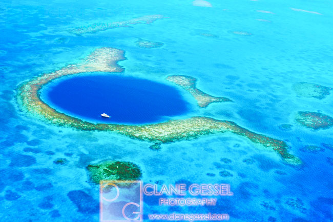 The Great Blue Hole Belize lighthouse reef sinkhole