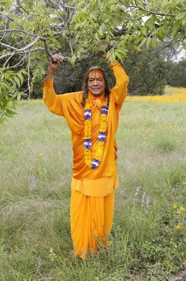 Kripalu Maharaj Divine