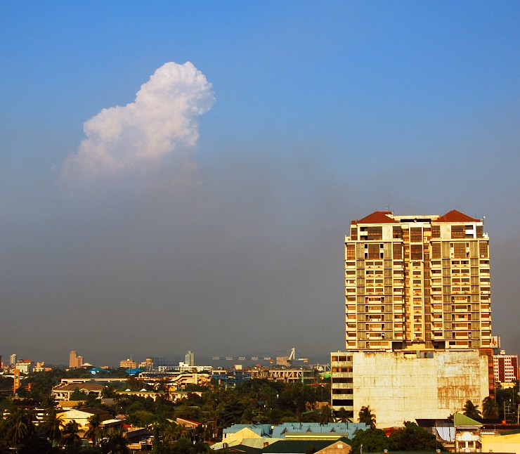 Air Pollution in the Philippines http://koibeyondpond.blogspot.com/2010/09/no-air-no-air.html