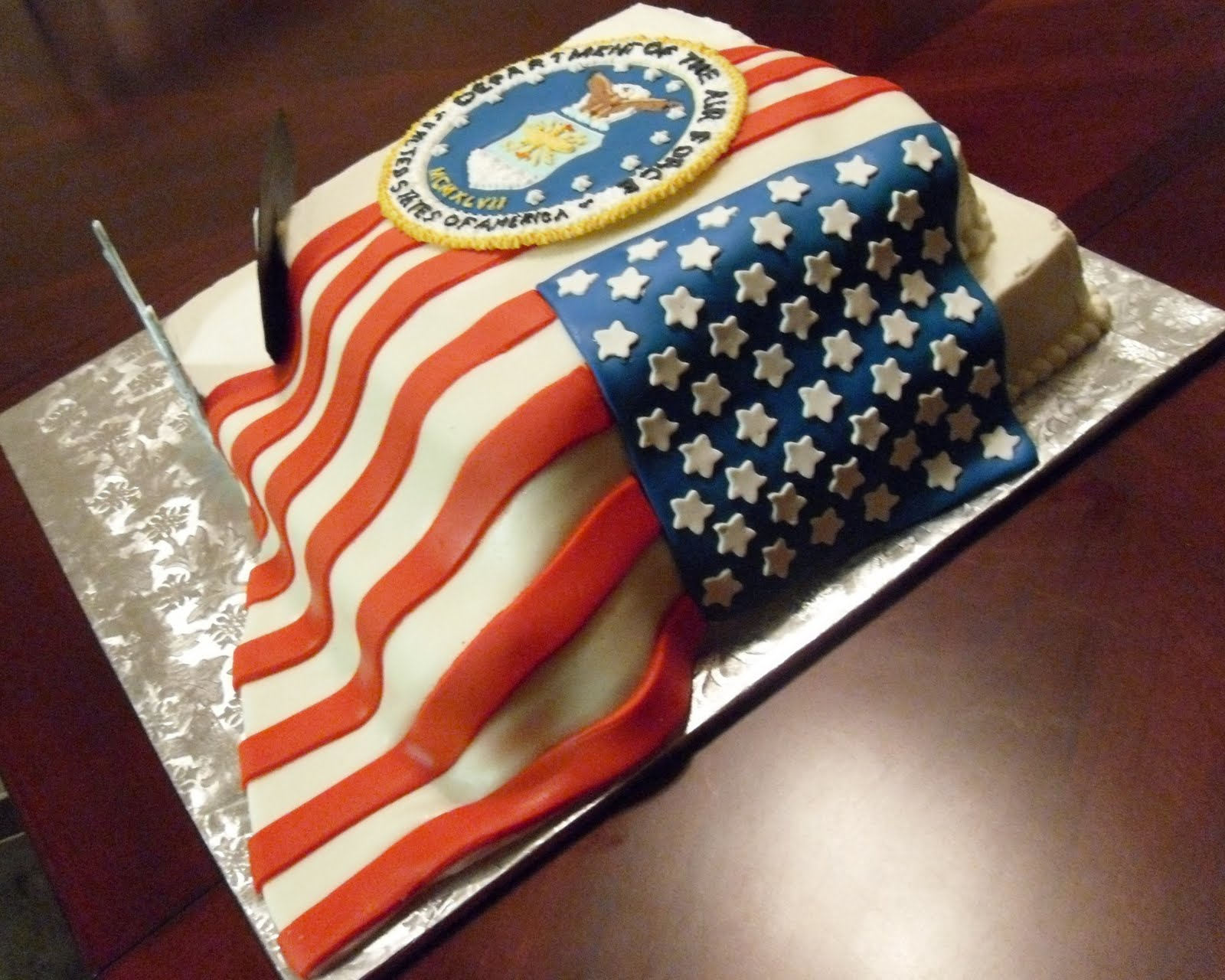 Cake concepts by cathy patriotic cakes a flag should for American flag cake decoration