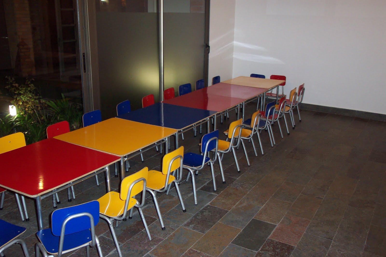 Mesas y sillas infantiles arriendo mesas y sillas para for Mesa y silla infantil