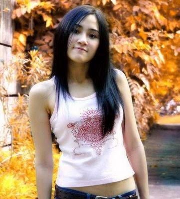 Jasmine Eva