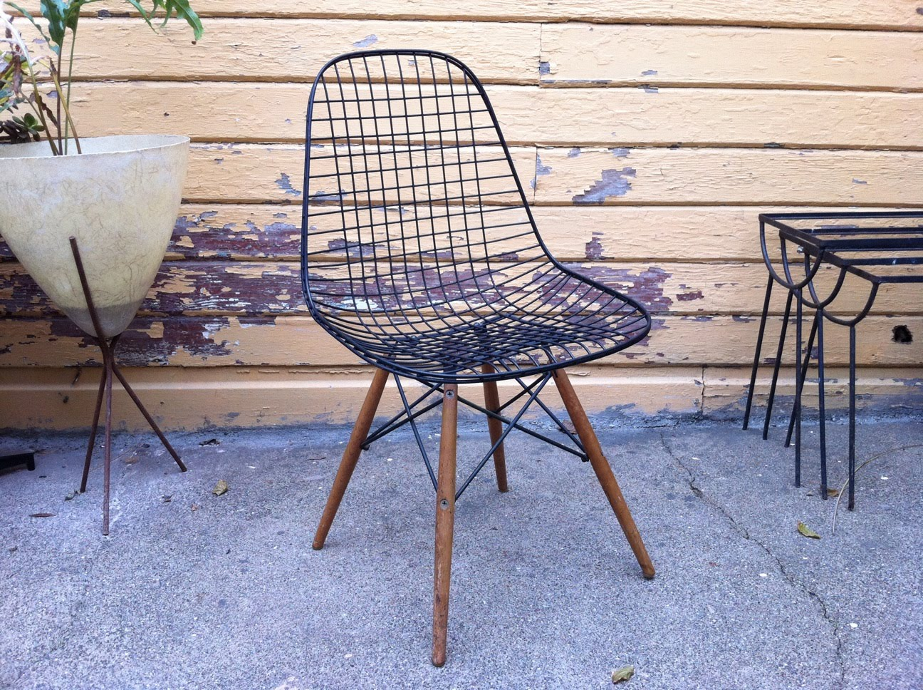 Just In Modern Charles Eames DKW Wire Chair Dowel Base 1952