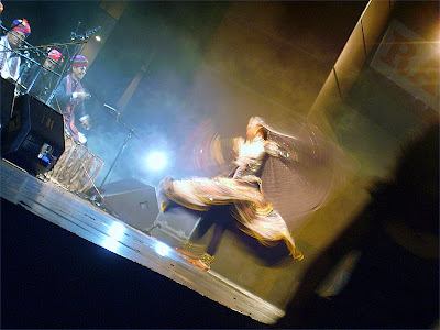 Langa Manganiar. Kalbelias on 14/08/2007, India 60-th Independence Day Celebration in Moscow. Ланга Манганиар. Танец Калбелий на концерте, посвященном 60-летию Независимости Индии (14.08.2007, Москва)