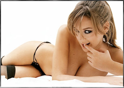 keeley hazell trying on bras