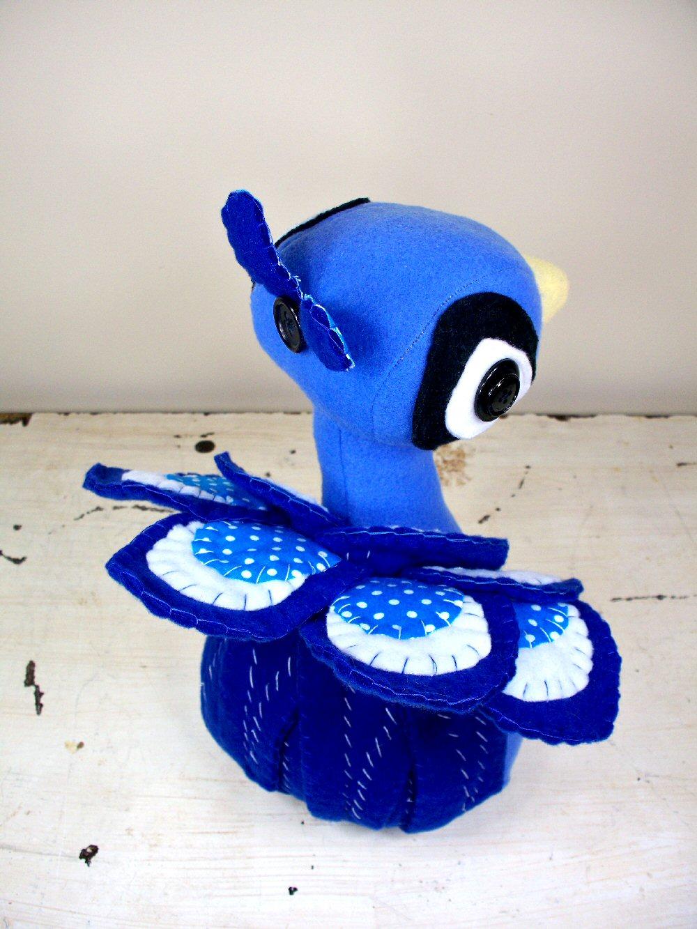 [peacock3.jpg]