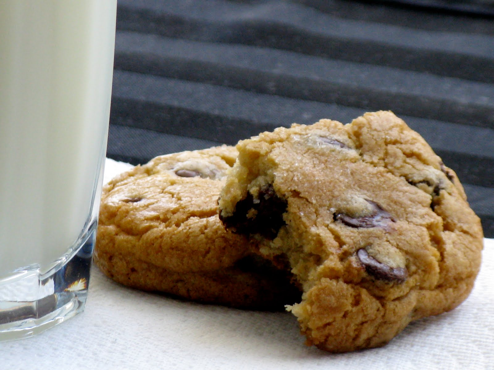The Cilantropist: Jacques Torres Chocolate Chip Cookies