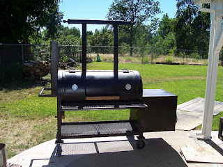 BBQ Pitbuilders - 8 diy smokers for enjoying barbeques